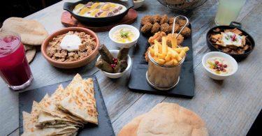 مطعم حمص ريفي جدة