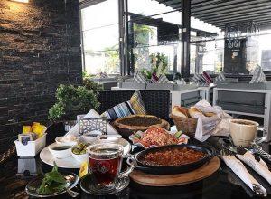 مطعم كرو لاونج في جدة