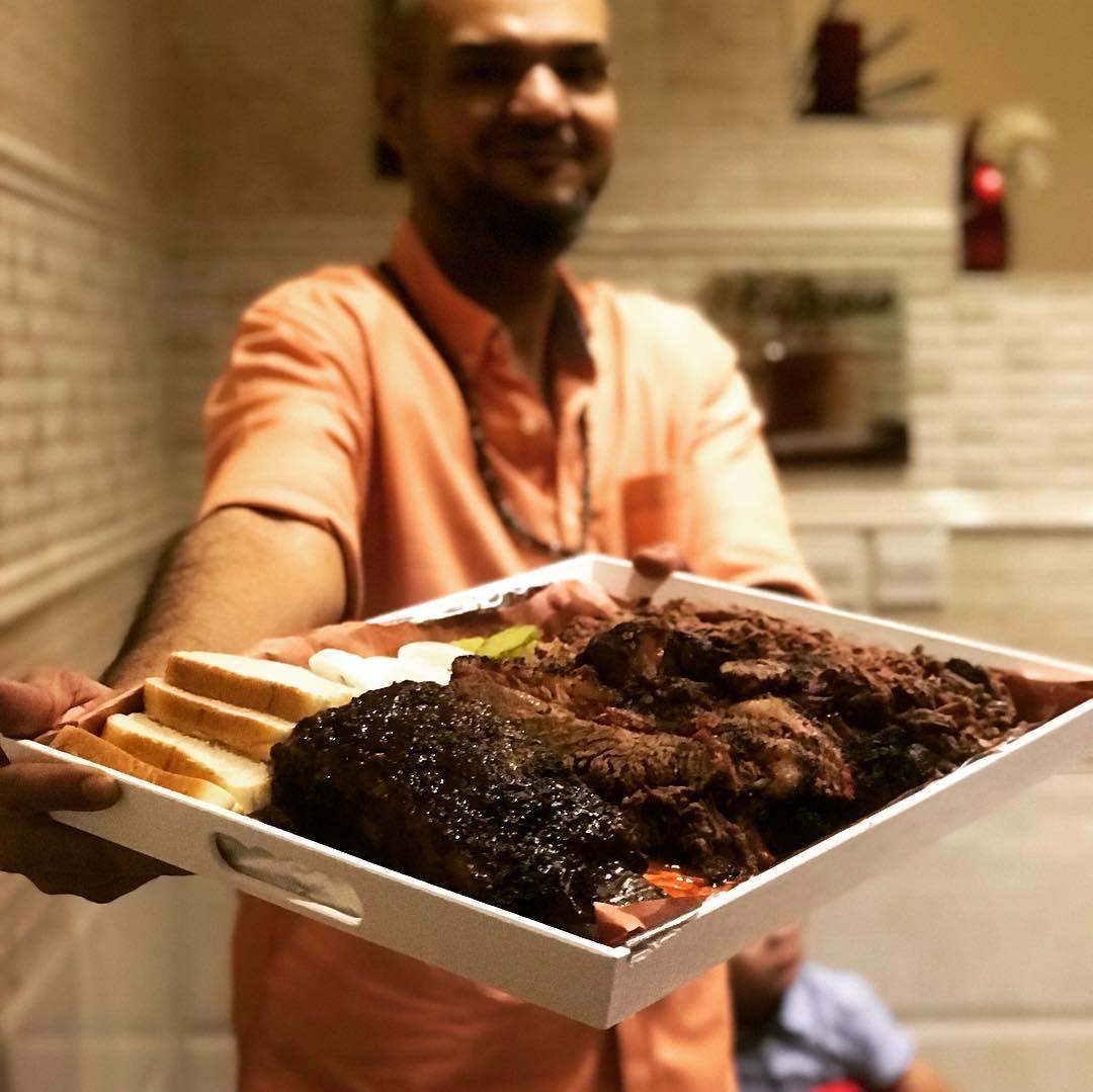 مطعم العم خليل في جدة