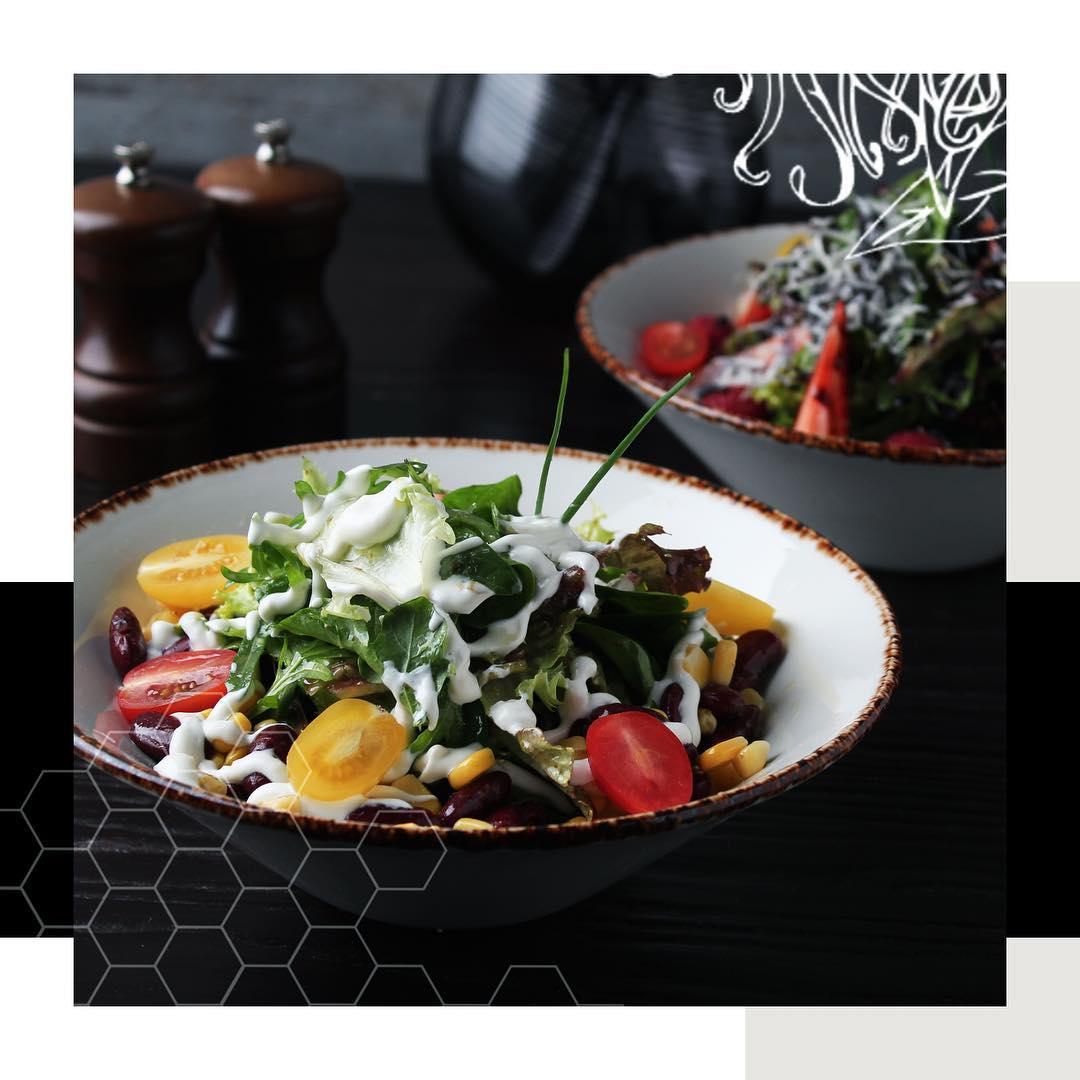 مطعم دايننق آند كو في جدة