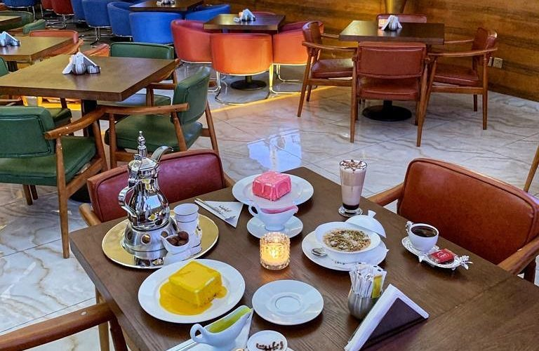أفضل مطاعم فطور جدة عوائل السعر المنيو العنوان كافيهات جده افضل مقاهي جده