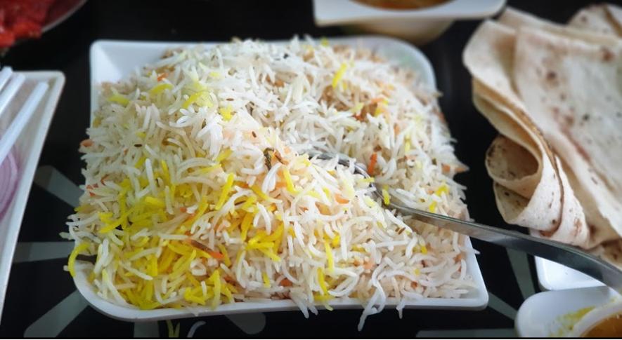 مطعم آداب الهندى جدة